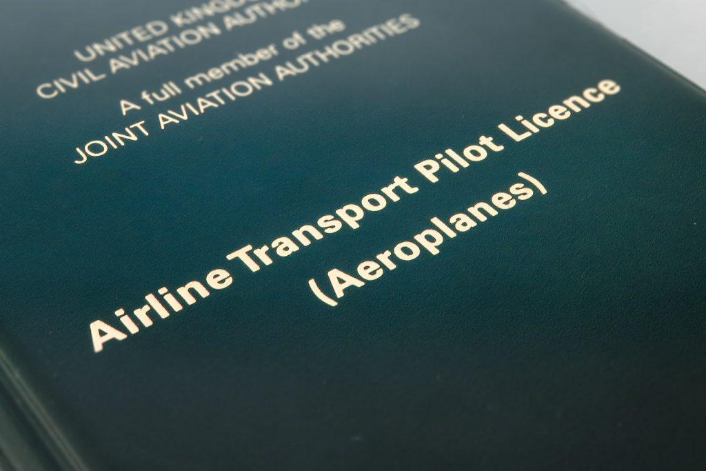 How to become a pilot step 5, get a pIlot License