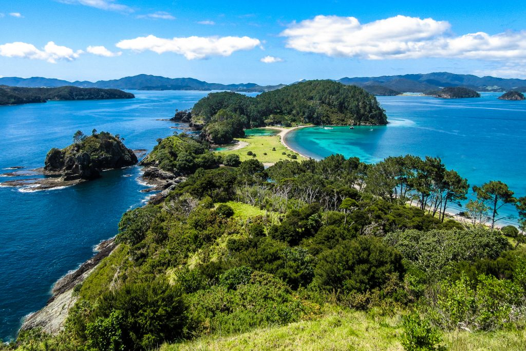 Bay of Islands Lookout. bay of islands tour from auckland. best places to visit in New Zealand