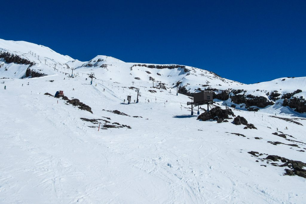 Mt Ruapehu Ski Area, skiing new zealand north island, whakapapa village